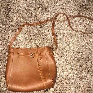BRAND NEW Brown crossbody bag with zipper